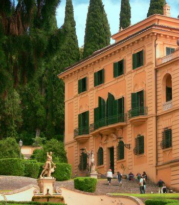 Spello, Villa Fidelia si immerge nei profumi e nei colori dei Giorni delle Rose