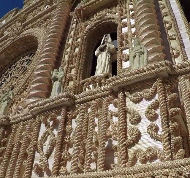 L'oro del grano, omaggio degli artisti della paglia di Foglianise